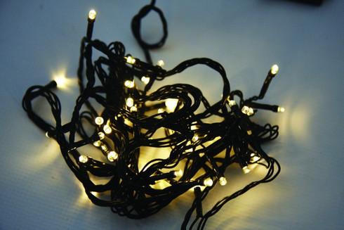 Vánoční LED girlanda na baterie - 24 LED, teplá bílá