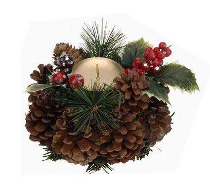 Vánoční svícen ze šišek